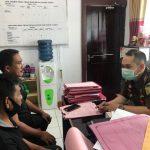 Penyidik Kejari Sanggau sedang melakukan pemeriksaan terhadap dua terdakwa korupsi APBDes Semerangkai