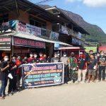 TMWB Korwil Kelam melakukan aksi peduli melawan covid-19 dengan membagikan masker kepada masyarakat.