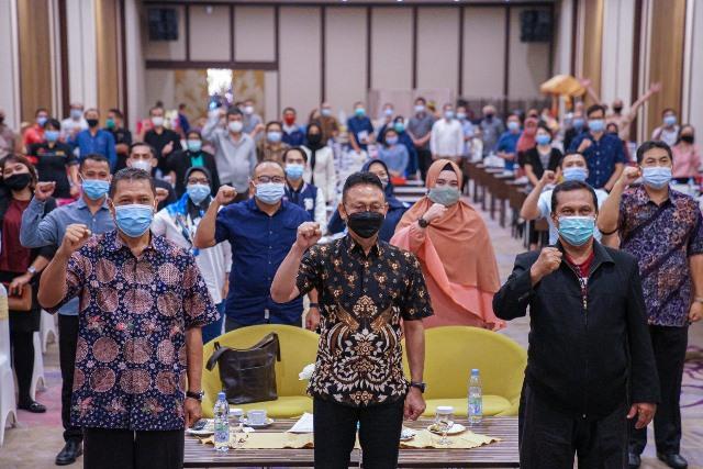 Wali Kota Pontianak Edi Rusdi Kamtono sosialisasi dana hibah yang digelontorkan pemerintah pusat untuk Kota Pontianak