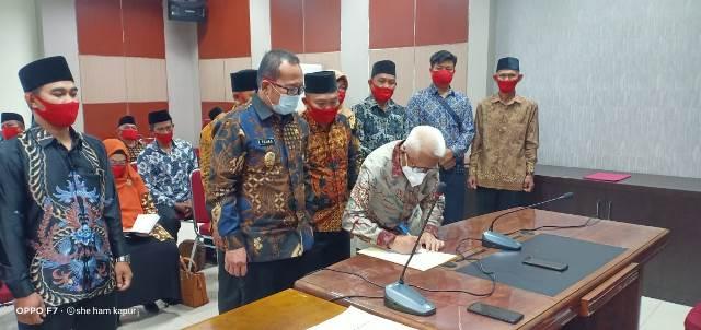 Ketua Umum DPN MSI melantik pengurus MSI Kalbar yang diketuai oleh Sujiwo yang juga Wakil Bupati Kubu Raya.