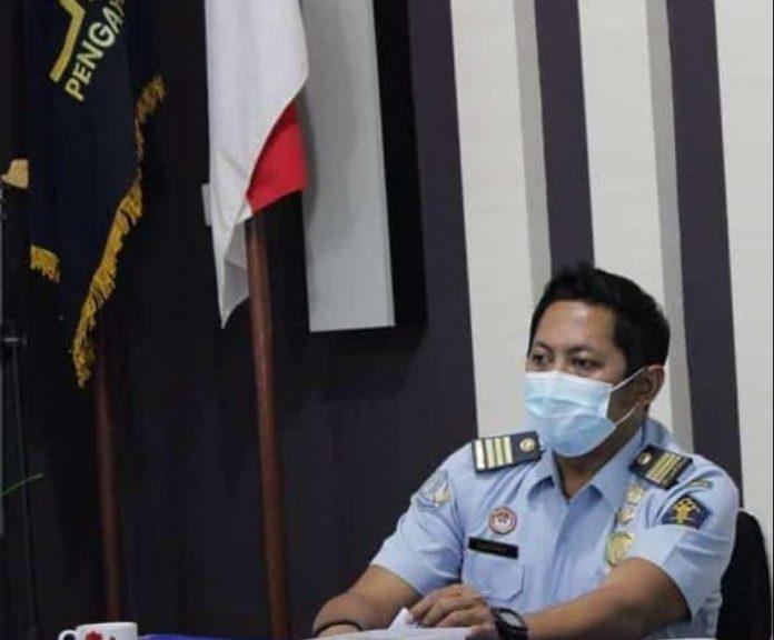 Kasi Tikim Imigrasi Kelas II TPI Sanggau, Candra Wahyu Hidayat.