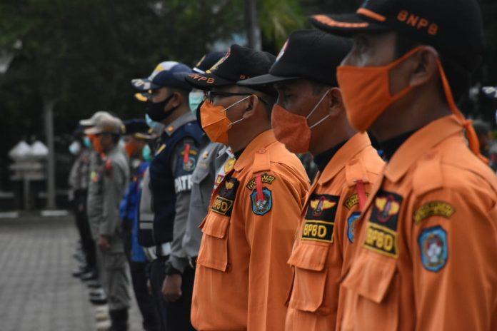 Personel gabungan dari seluruh stakeholder terkait di Kubu Raya bersiaga mengantisipasi arus mudik di pintu perbatasan Kabupaten Kubu Raya