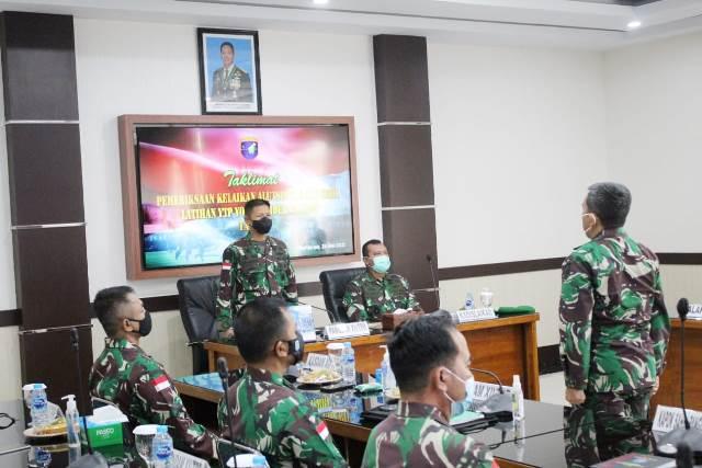 Tim Pemeriksa Kelaikan Alutsista dan Materiil dari Dinas Kelaikan Angkatan Darat (Dislaikad) akan melakukan pemeriksaan terhadap materiil dan alutsista Yonif Raider 641/Beruang.