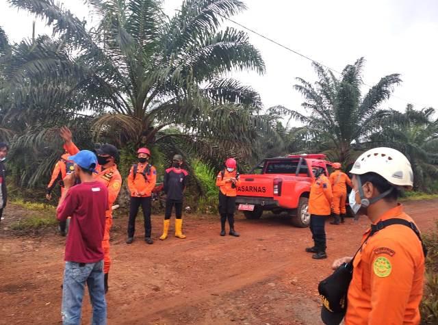 Tim SAR gabungan masih berusaha mencari Peri yang telah hilang di areal perkebunan kelapa sawit.