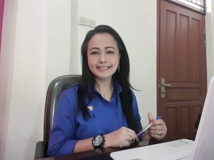 Ketua Komisi Informasi Provinsi Kalimantan Barat, Rospita Vici Paulyn