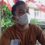 Lurah Beringin Kecamatan Kapuas, Roy Manik memberikan klarifikasi terkait dugaan penganiyaan yang Ia lakukan kepada Randika Jauhari Putra di Warung Kopi River X